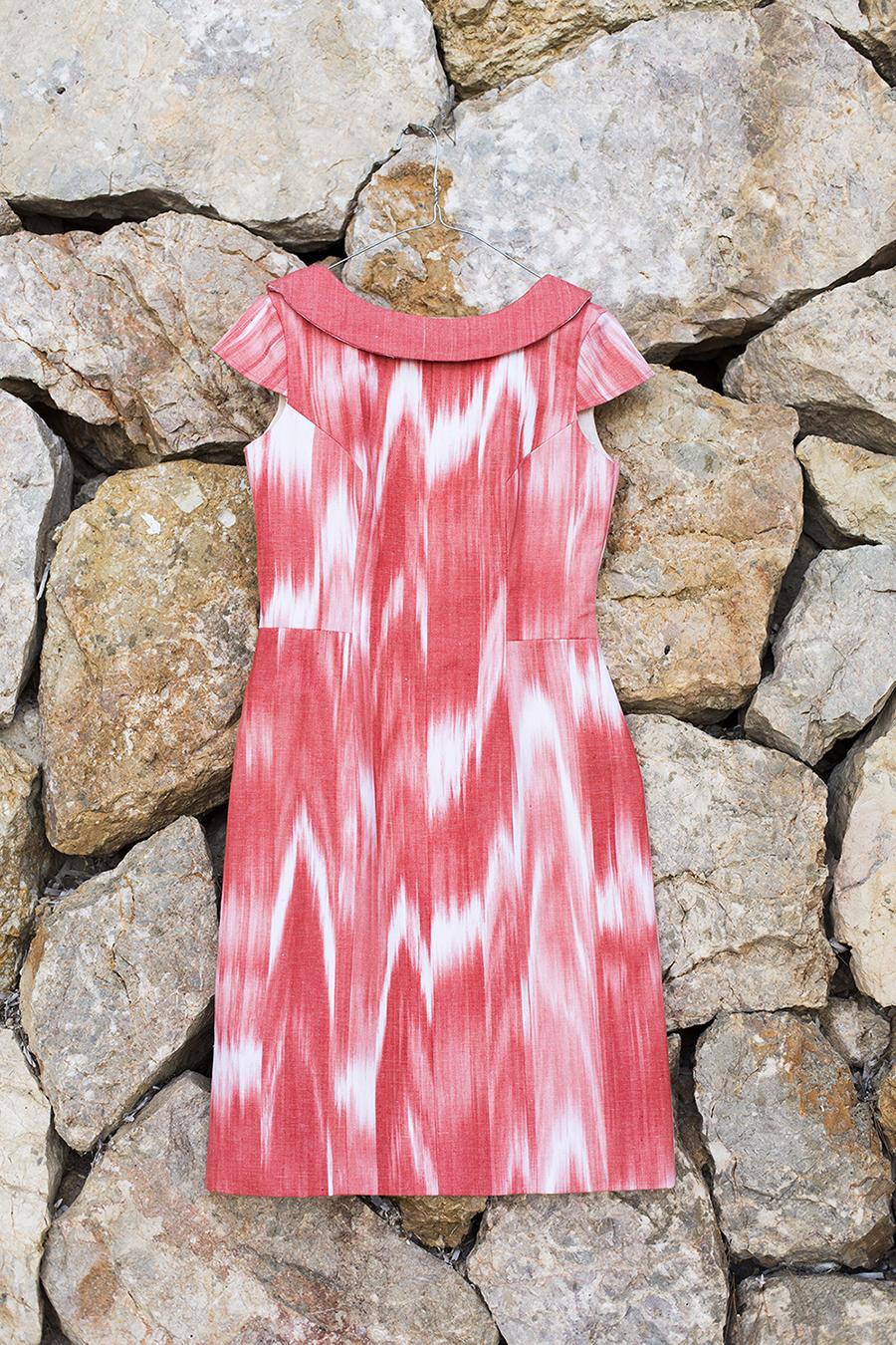 Vestido escarlata | Teixits Vicens, Pollença, Mallorca